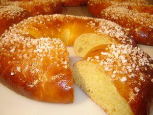 couronne-des-rois-via-desserts-com-un-pro-over-blog-com